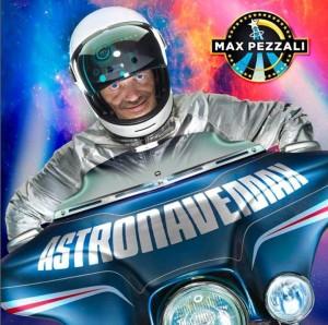 max-pezzali-astronave-max-copertina-maxw-720