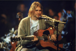 Kurt Cobain, all'asta il cardigan del MTV Unplugged e non solo..