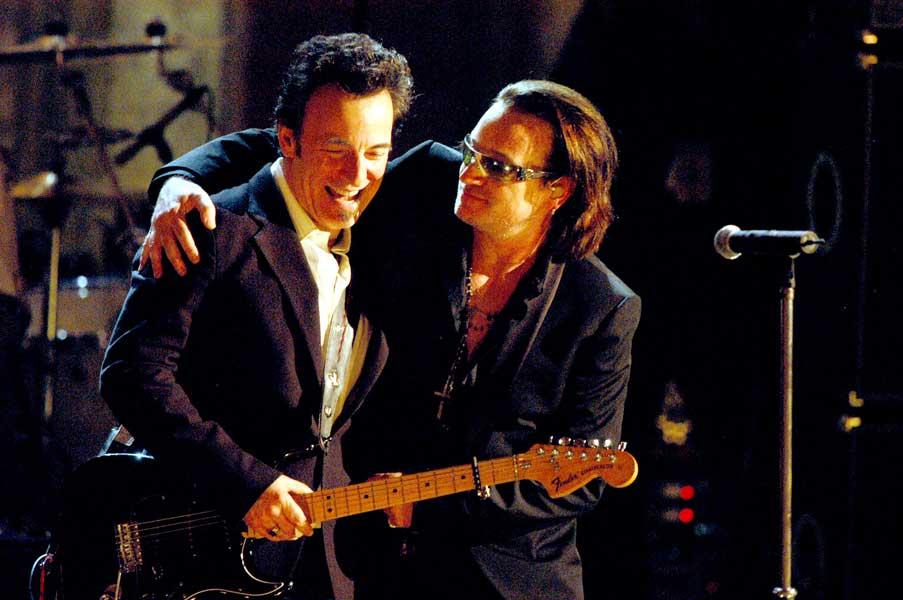 """Bruce Springsteen e Bono hanno cantato """"Because the Night"""""""
