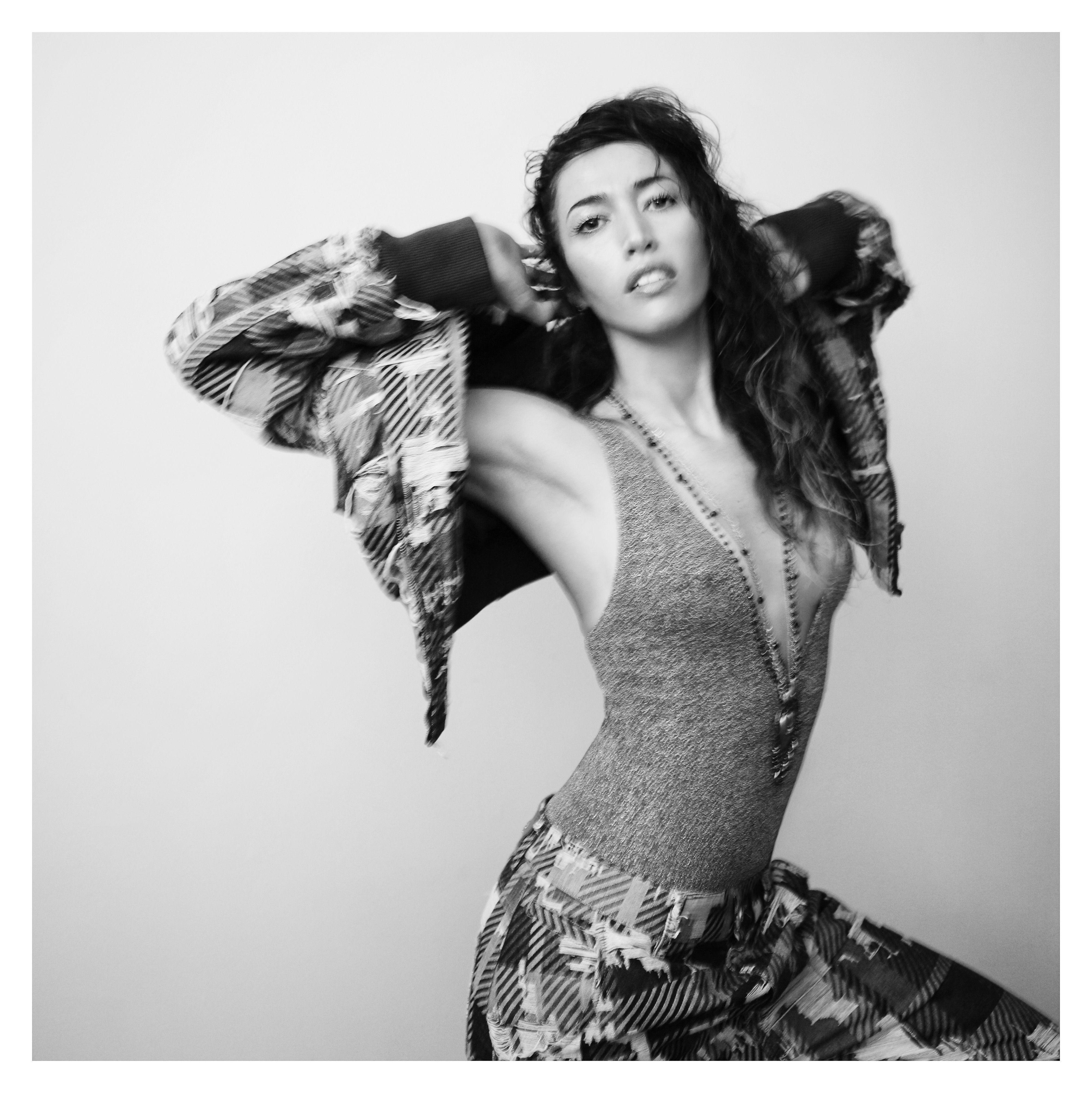"""Da venerdì 29 settembrearriva in radioDOMANI ARRIVERA',ilnuovo singolo di Nina Zilli dopo """"mi hai fatto fare tardi"""",estratto daMODERN ART,"""