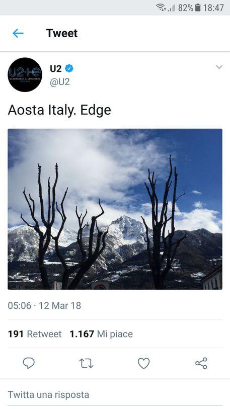 U2, fan scatenati per foto di The Edge da Aosta. Sarà per la festa di compleanno di Adam Clayton?